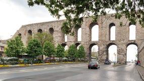 Мост-водовод Valens римский мост-водовод который был главной водой обеспечивая систему восточной римской столицы Константинополя Стоковое фото RF