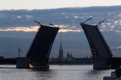 Мост дворца, ST petersburg Россия Стоковые Изображения