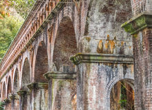 Мост-водовод кирпича Suirokaku старый в Киото Стоковая Фотография