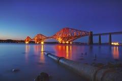 мост вперед прокладывает рельсы Шотландия Стоковое Фото