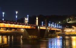 Мост в городе Стоковая Фотография