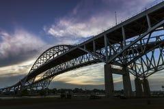 Мост в сумерк Стоковое Изображение RF