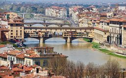 Мост в Флоренсе в Тоскане, Италии Стоковое Изображение