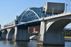 Мост Джона Ross на улице рынка в Chattanooga, Теннесси Стоковое Изображение RF