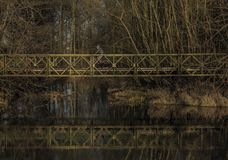 Мост для велосипедиста около реки Malse Стоковая Фотография RF