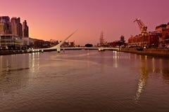 Мост женщин Стоковые Фото