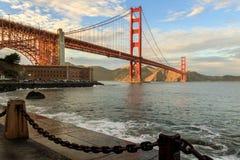 Мост золотого строба и загородка Chainlink Стоковое Изображение RF
