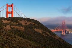 Мост золотого строба на заходе солнца, Сан-Франциско, Калифорния стоковые фотографии rf
