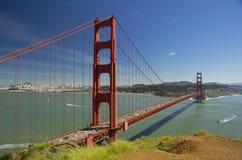 Мост золотого строба, взгляд от Спенсера батареи, Сан-Франциско, Калифорнии, США Стоковое Изображение