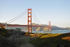 Мост золотого строба в свете после полудня Стоковые Фото