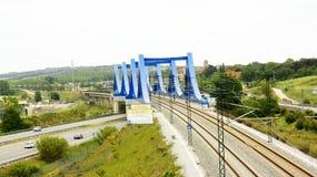 Мост и железнодорожные пути Стоковые Изображения