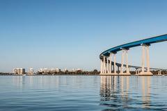 Мост и кондо Coronado на острове Coronado Стоковое Изображение