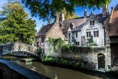 Мост и лестница в Brugge стоковые фото