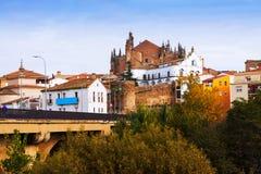 Мост и собор Plasencia Стоковое Изображение