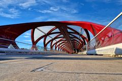 Мост Калгари мира, Альберта стоковые изображения