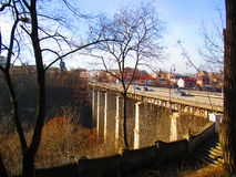 Мост к старому городку, Kamenets Podolskiy, Украина Стоковая Фотография RF