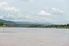 Мост Лаос и Таиланд приятельства Стоковое фото RF