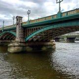 Мост Лондон Southwark Стоковые Фотографии RF
