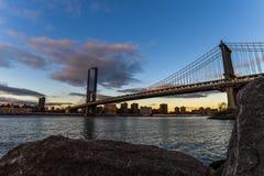 Мост Манхэттена от Бруклина - Нью-Йорка стоковая фотография