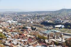 Мост мира в Тбилиси, взгляд сверху стоковая фотография
