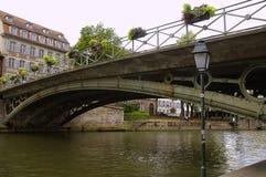 Мост над каналом   Стоковая Фотография RF