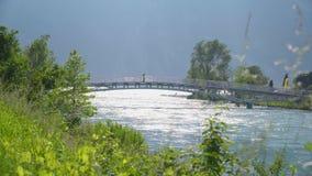 Мост над рекой видеоматериал
