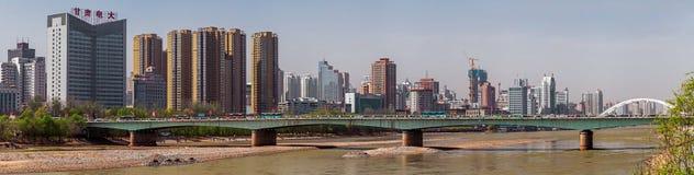 Мост на городе Ланьчжоу, Китае Стоковое фото RF