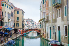 Мост над каналами Венеции Стоковые Фото