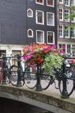 Мост над каналом в Амстердаме Стоковое Изображение