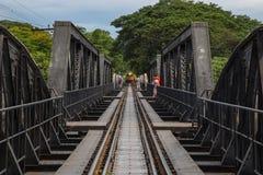 Мост на реке Kwai, Kanchanaburi, Таиланде Стоковая Фотография