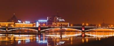 Мост над рекой Neva Россия, Санкт-Петербург, февраль 2015 Стоковые Фото