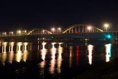 мост над рекой volga Dulles на ноче Рыбинск Россия 2016 Стоковое Фото