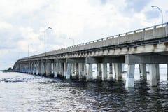 мост на Tampa Bay Стоковые Изображения