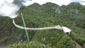 Мост неба и фуникулер, остров Langkawi, Малайзия акции видеоматериалы