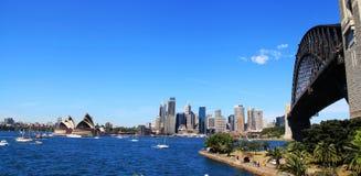 Мост оперного театра и гавани Сиднея Стоковое фото RF