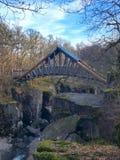 Мост падений стоковые изображения rf
