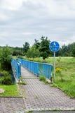 Мост пешехода или велосипеда стоковая фотография rf