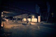 Мост поезда темного переулка города Чикаго промышленный на ноче Стоковое Изображение