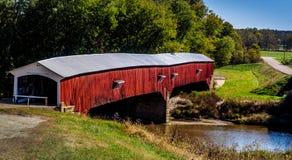 мост покрыл запад соединения стоковые фото