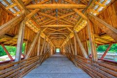 мост покрыл стоковая фотография