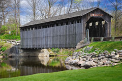 мост покрыл fallasburg lowell Мичиган США Стоковое Изображение