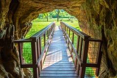 Мост под утесами Стоковое Изображение