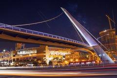 Мост привода гавани пешеходный стоковое изображение rf