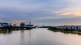 Мост Путраджайя стоковые изображения