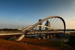 Мост Путраджайя на зоре Стоковое фото RF