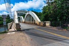 Мост радуги в Haleiwa, Оаху, Гаваи стоковая фотография