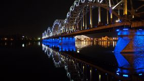 Мост Рига ночи Стоковое Изображение RF