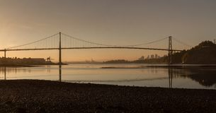 Мост строба львов на восходе солнца Стоковое Изображение RF