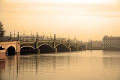 Мост троицы на Санкт-Петербурге стоковые изображения