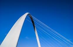 Мост тысячелетия - Quayside Стоковое Фото